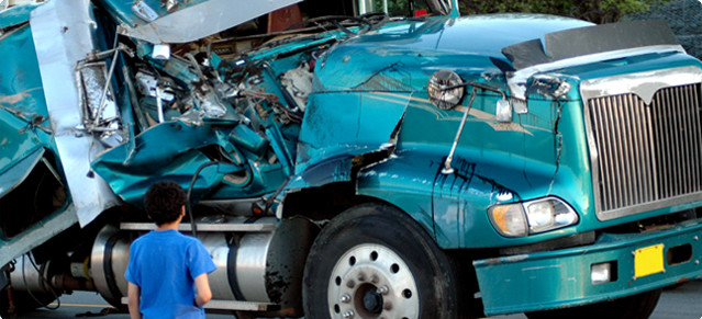 truck accident lawyer camden